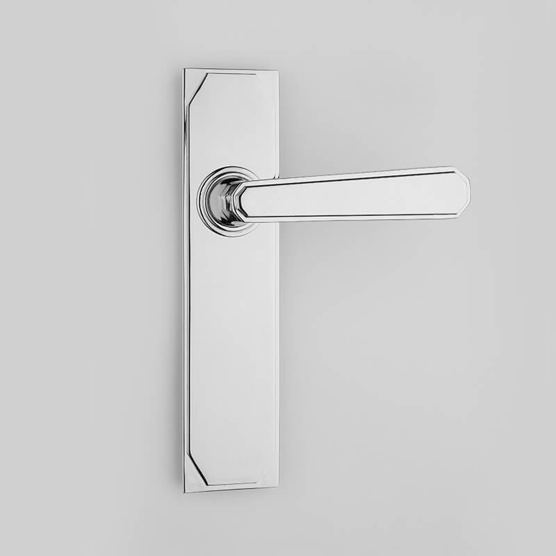 Stepped Deco Lever Handles On Backplates