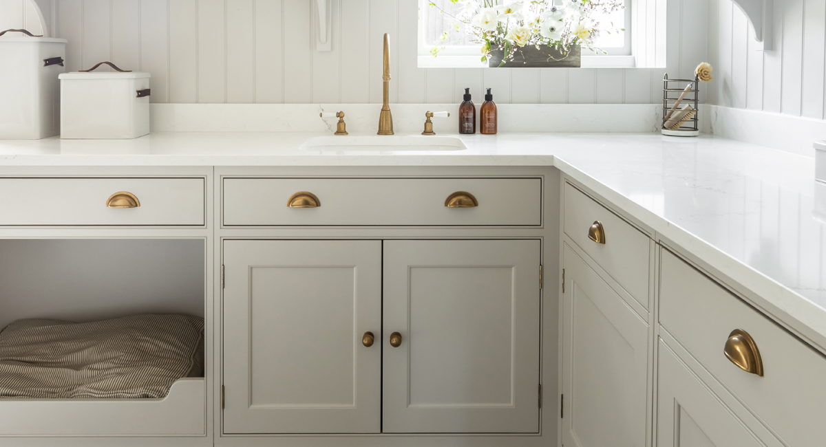 Somerville-Residence-'Bromford'-Furniture-Handles